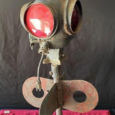 LOT#T10: Hayes Track Co Traffic Signal
