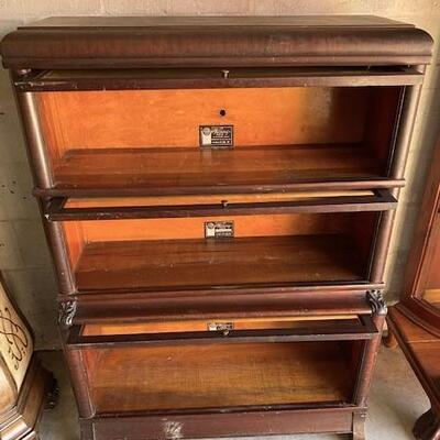 LOT#T13: Viking Standard Size Barrister Bookcase