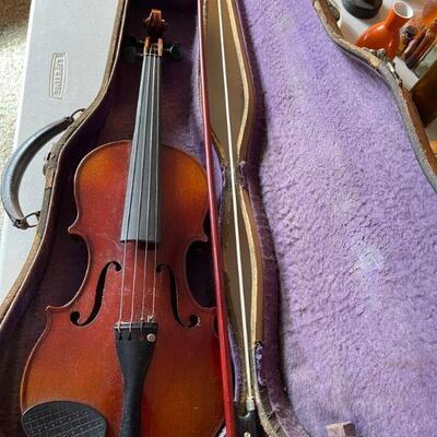 Faciebet Anno Violin & case - 1 bow