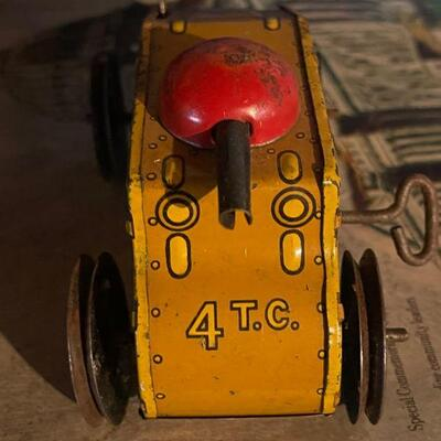 Vintage US Tank Co. No 4 wind up toy