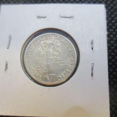 Lot 35 - 1930 Mercury Dime