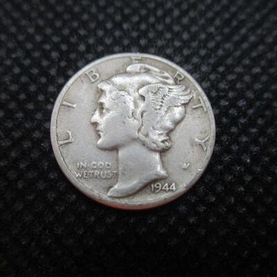 Lot 42 - 1944 Mercury Dime