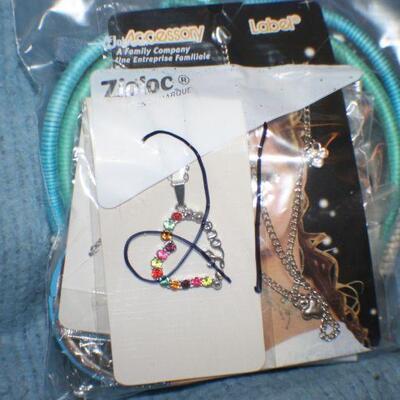 Quart Size Ziplock Bag of Jewelry -21