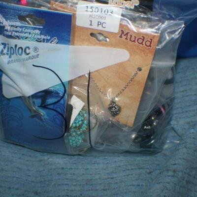 Quart Size Ziplock Bag of Jewelry -31