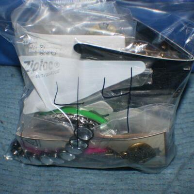 Quart Size Ziplock Bag of Jewelry -44