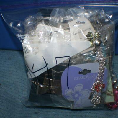 Quart Size Ziplock Bag of Jewelry -47