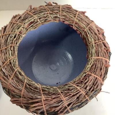 K - 101. Raku Pottery with Natural Fibers