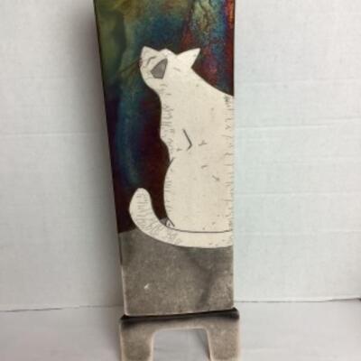 K - 110 Fun Triangle Shaped Pottery Decor ( Cat & Mouse )
