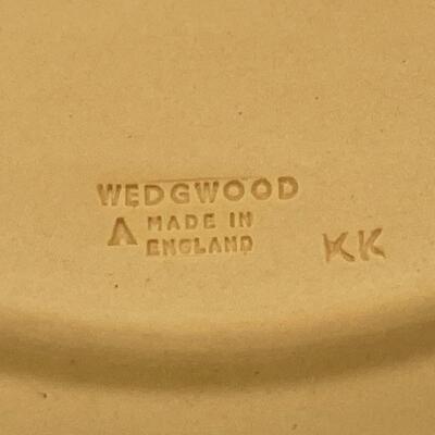 WEDGWOOD CANE JASPERWARE CHERUB PLATE