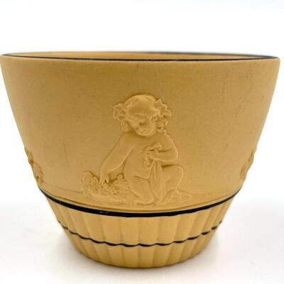 WEDGWOOD CANE JASPERWARE CHERUB SMALL CUP
