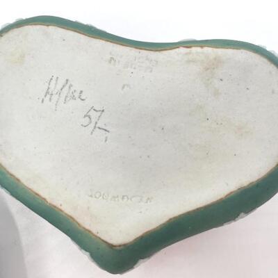WEDGWOOD GREEN JASPERWARE HEART SHAPED LIDDED BOX
