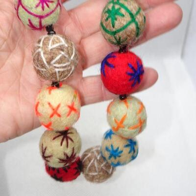 Handmade Felt Woven Thread Necklace Balls