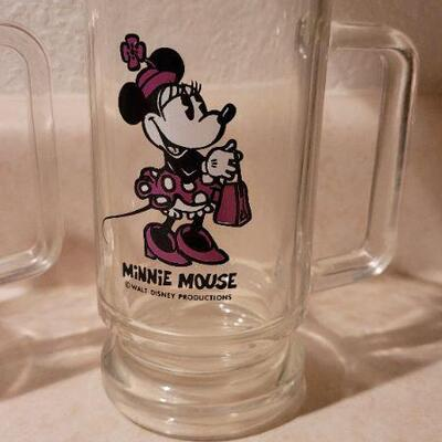 Lot 5: Vintage Mickey and Minnie Mouse Glass Mugs
