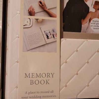 Lot 9: New HALLMARK Memory Book Album
