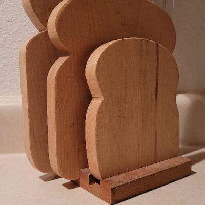 Lot 34: Assorted Wood Toast Theme Hot Plates
