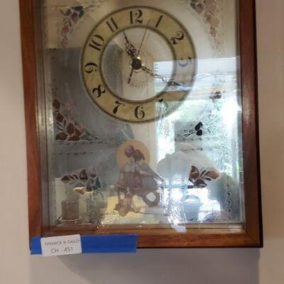 LOT 451 Clock with Couple