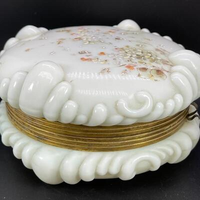 ANTIQUE WAVE CREST LARGE ART GLASS DRESSER VANITY BOX PINK FLOWERS HINGED JAR