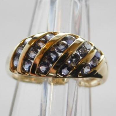 14 KT Yellow Gold Ring with Genuine Iolite Stones in Diagonal Setting 3.3 grams
