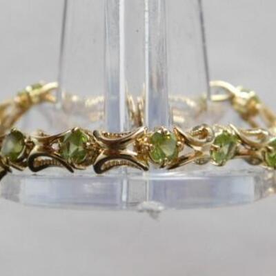 14 KT Gold Peridot Bracelet 11grams