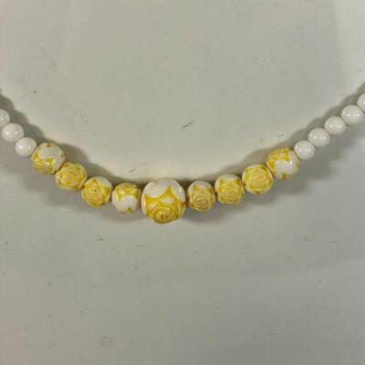 Lot 8 - Vintage Shell Necklace