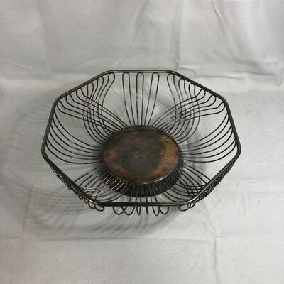 Lot 19 - Silverplated Wire Bowl from Hong Kong