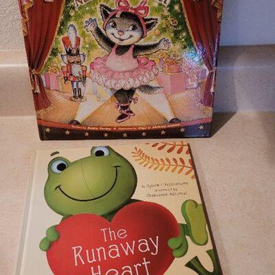 Lot 101: New Hallmark Children's Books x 2