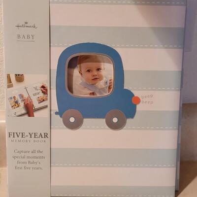 Lot 123: New Hallmark Baby Five Year Memory Book