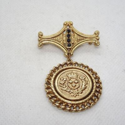 Royal Crest Victorian Style Dangle Brooch