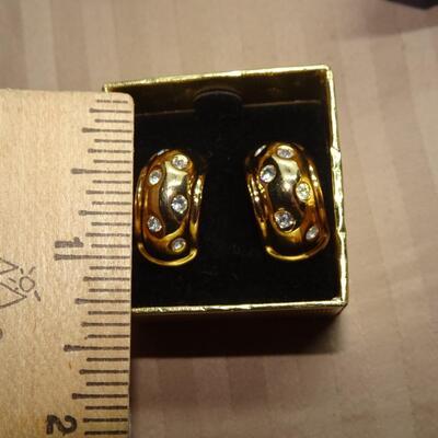 Vintage Nolan Miller Gold Plated Crystal Rhinestone Earrings