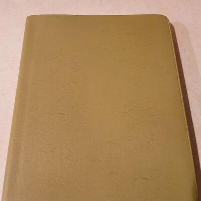 Lot 135: Assorted NEW Hallmark Journal Notepad Books