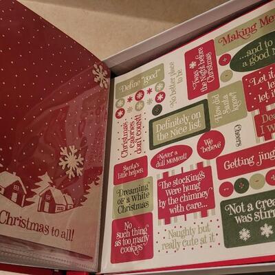 Lot 138: New Hallmark Christmas Instant Scrpabook