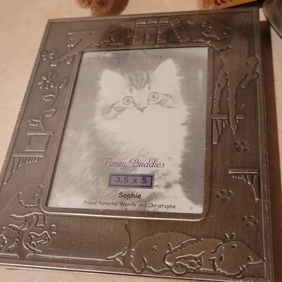 Lot 146: Assorted NEW Cat Theme Photo Frames + Grumpy Cat Plush