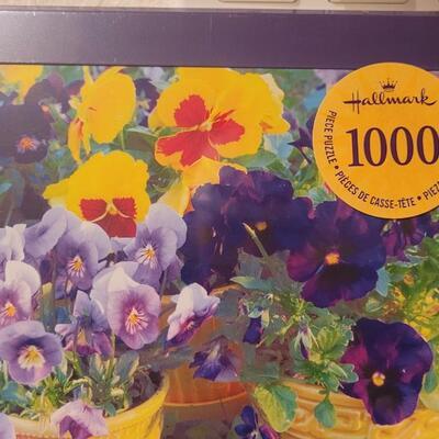 Lot 160: New Hallmark 1000 pc. Puzzle