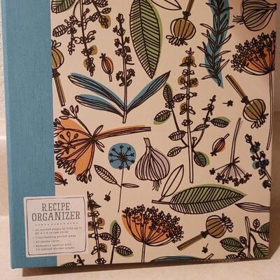 Lot 167: New Hallmark Book + Recipe Organizer