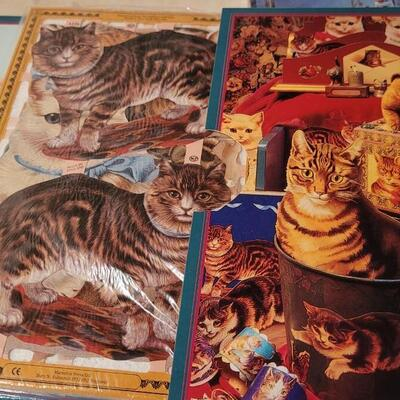 Lot 171: New Coloring, Decoupage + CD