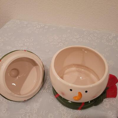 Lot 183: Snowman Cookie Jar and Holiday Cookie Cutters