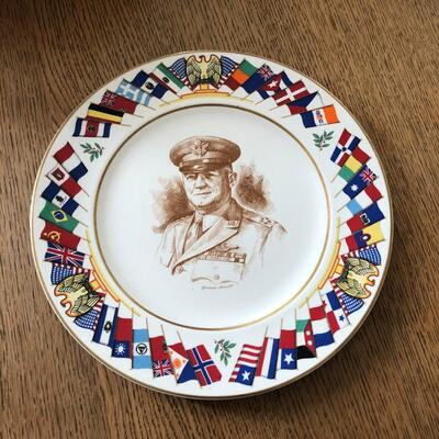 Lot 8 - Allied Nations Commemorative Plate General Arnold