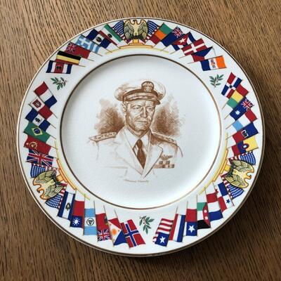 Lot 12 - Allied Nations Commemorative Plate Admiral Nimitz