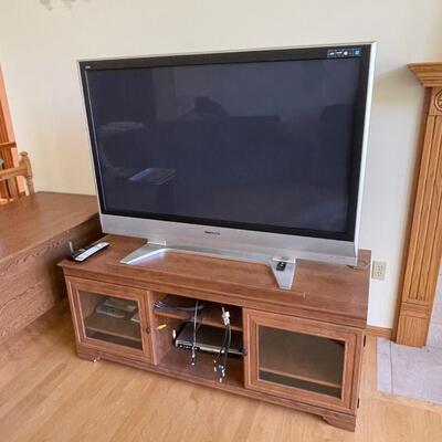 TV / stand Combo Panasonic flat screen