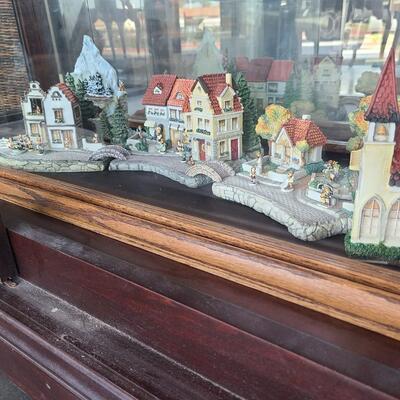 Hummel Village