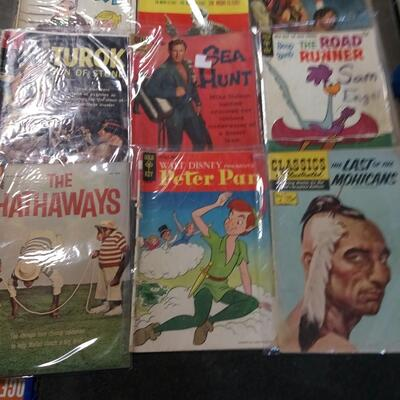 LOT 1        VINTAGE COMIC BOOKS