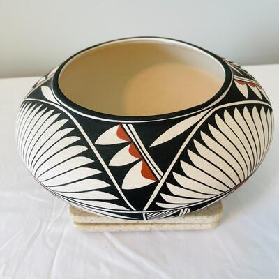 Lot 10  Native American Acoma Pueblo Pottery 12