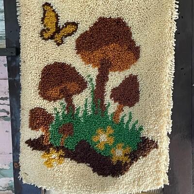 Mushroom Yarn Art w/ bonus Butterfly