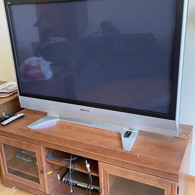 Flat screen TV 48