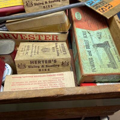 Vintage Lot of Herter's reloading equipment