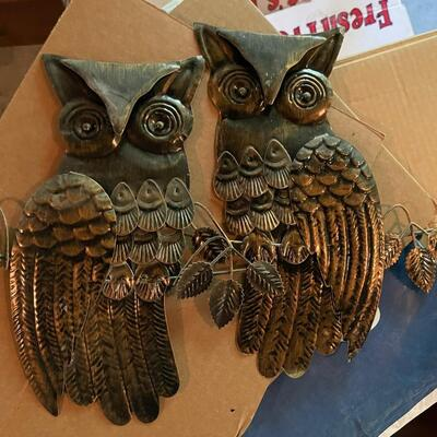 Pair of copper owls / wall decor