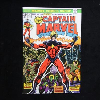 Captain Marvel #32 (1974,Marvel)  8.5 VF+