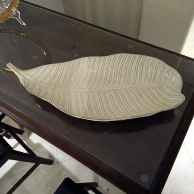 Fig Leaf Plate