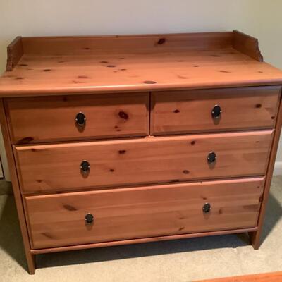 124 Pine Four Drawer Dresser