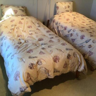 120 Pair of Twin Cuddle Down Bedding
